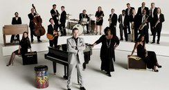 Jools Holland and his band