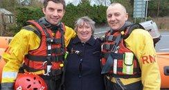 Vanessa Glover meets her rescuers