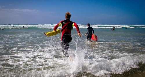 Cornwall lifeguard rescues swimmers