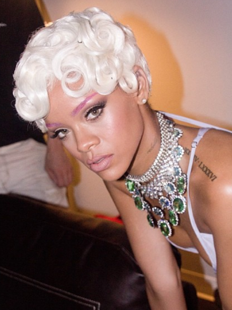 Rihanna 'Pour It Up' Video Shoot