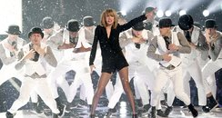 Taylor Swift BRIT Awards 2015 Performance