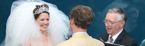 Whale gate crashes couple's wedding