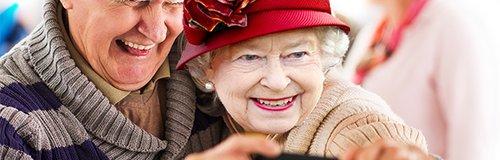 The Queen photobomb